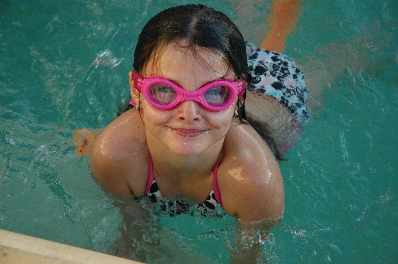 Badeudstyr til børn